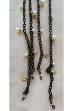 Load image into Gallery viewer, FABRIC ENTWINED M PEARLY EYE WEAR CHAINS