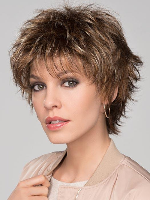 CLICK by ELLEN WILLE in TOBACCO-MIX | Medium Brown base with Light Golden Blonde highlights and Light Auburn low lights
