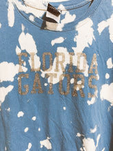 Load image into Gallery viewer, UF Gators Glitter Tee