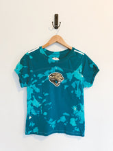 Load image into Gallery viewer, Jags Jewel Tee
