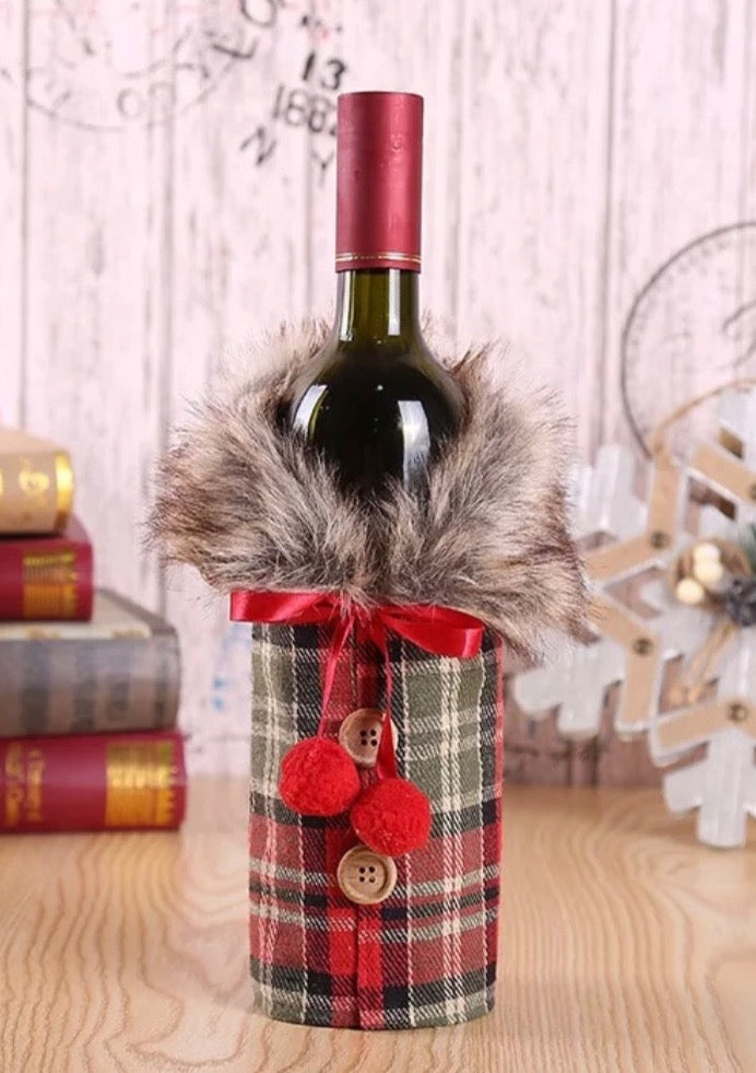 Wine Gift Bag Jacket - Winter Red Plaid