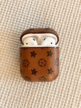 Load image into Gallery viewer, Designer Earphone Case in Classic Tan & Dark Brown