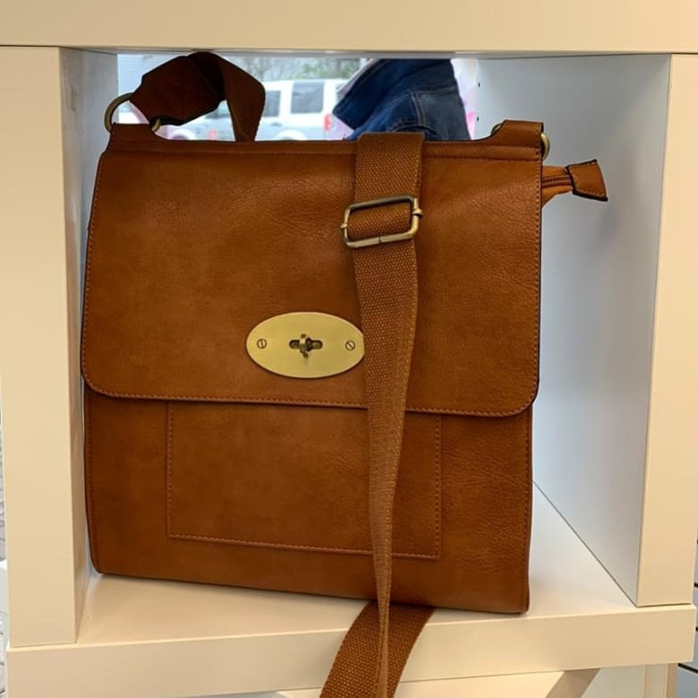 Cross Body Satchel / Tan Bag