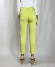 Load image into Gallery viewer, Unity 3/4 Tencel Trousers Lime