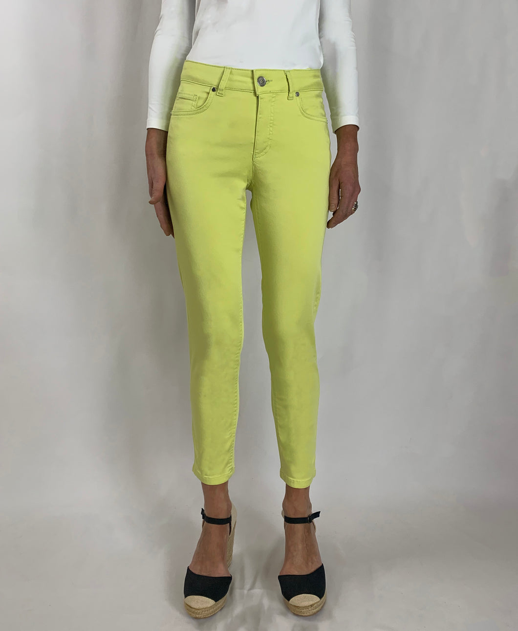 Unity 3/4 Tencel Trousers Lime