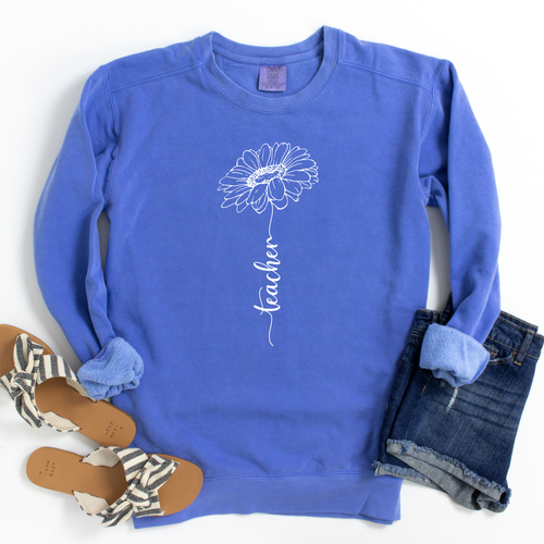 Do you need a great idea for the teacher in your life? Or maybe it's you that would love having this sweatshirt! Take a look at this Teacher Sunflower sweatshirt, shown in a beautiful Flo Blue color!