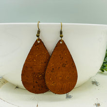 Load image into Gallery viewer, Cork Earrings