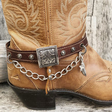 Load image into Gallery viewer, Leather boot bracelet with Vintage square concho & chain