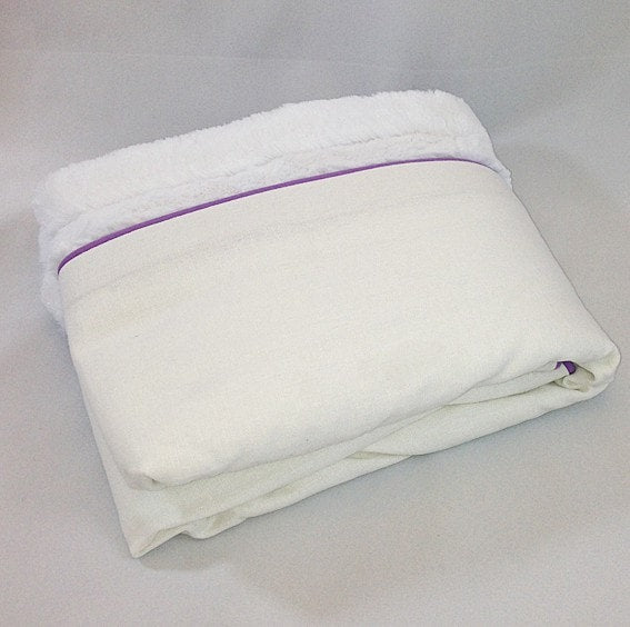 White Weave with Lavender Trim Minky Blanket - Sample - liz-and-roo-fine-baby-bedding.myshopify.com