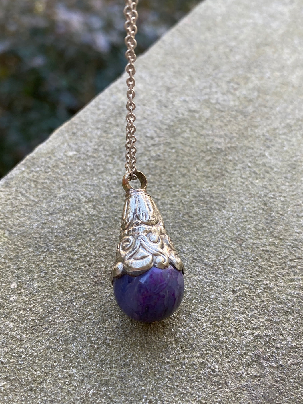 Purple Jade Pendent Necklace