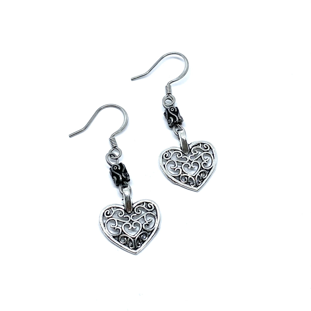 Vintage Heart Earring and Necklace Set