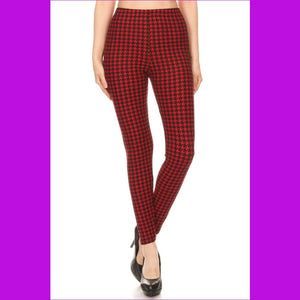Hounds Tooth Print High Rise Fitted Leggings With An Elastic