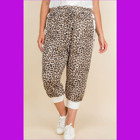 Plus Size Animal Print French Terry Cropped Jogger Pants