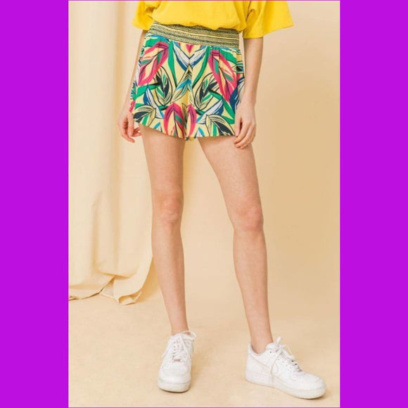 Woven High Rise Shorts