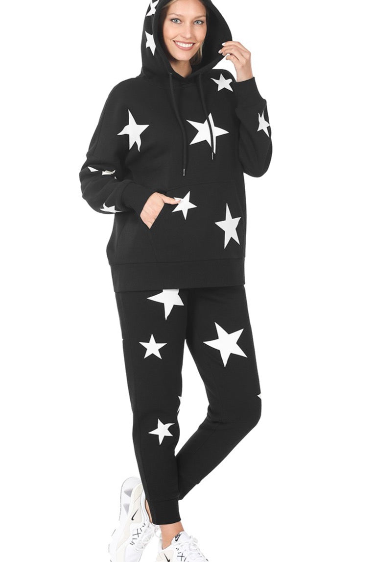 ''Nom-Star'' – Star Print Hoodie and Jogger Set