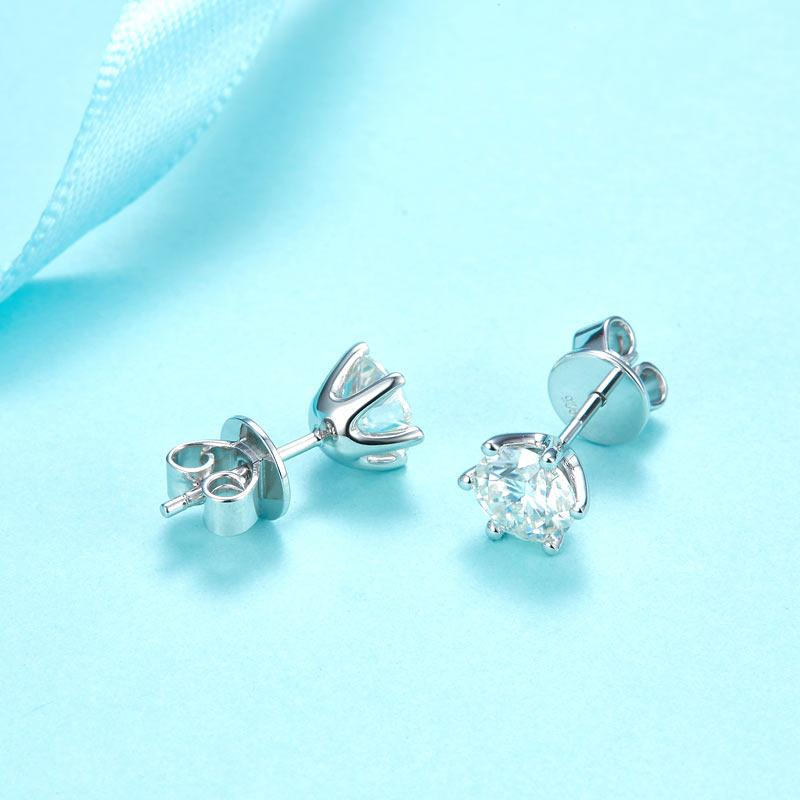 1 Carat Moissanite Diamond 6 Claws Stud Earrings 925 Sterling Silver