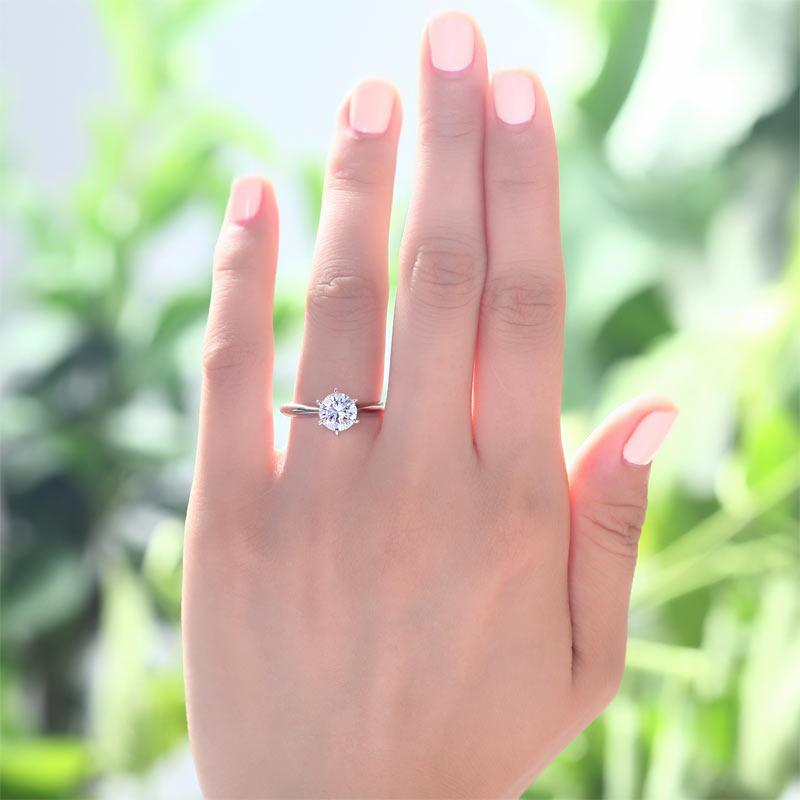 1 Carat Created Diamond Engagement Ring 925 Sterling Silver Classic 6 Claws