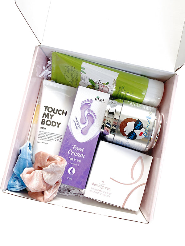 Limited Edition Premium Holiday Beauty Box