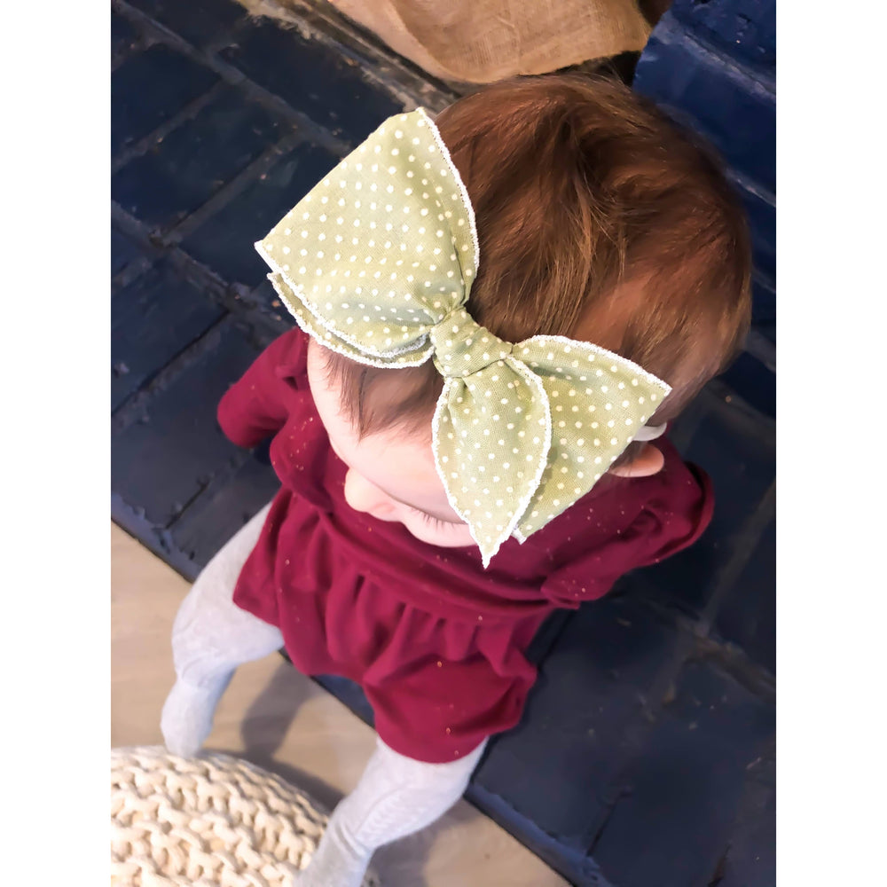 Sarah Small-Hemmed-Edge Hair Bow