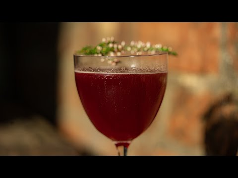 Load and play video in Gallery viewer, DIY Clementine & Elderberry Gimlet | 2 serves
