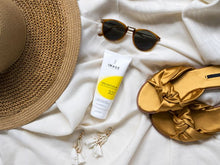 Afbeelding in Gallery-weergave laden, PREVENTION+ Daily Hydrating Moisturizer SPF 30