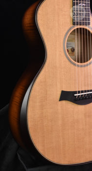 Taylor Builders Edition 614ce Natural Top  V Class!