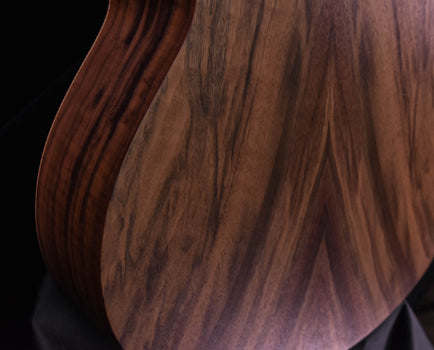 Sheeran by Lowden W04 Figured Walnut, Sitka Spruce Top, Top Bevel and LR Baggs Pickup