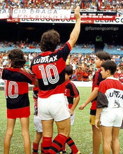 Load image into Gallery viewer, 1988 Flamengo replica retro football shirt