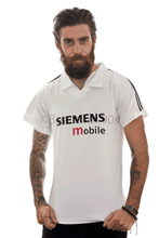 Load image into Gallery viewer, 2002-2003 Madrid retro replica football shirt