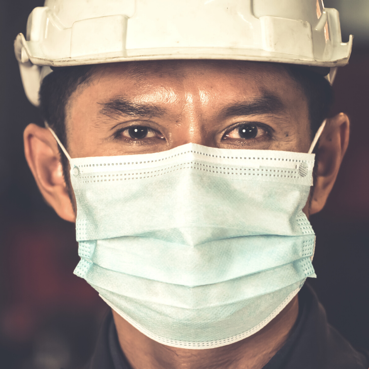 Worker wearing face mask | Response Medical | United States