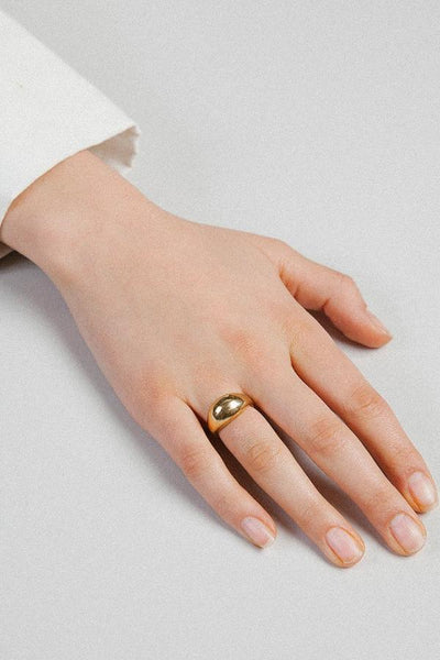 Wolf Circus Magnes Ring / Gold