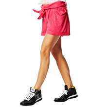 Load image into Gallery viewer, Zumba Oh, RionÌ´Ì_ÌÎ̴̝åÈs Belted Shorts - Cosmo Pink