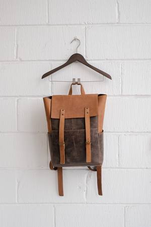 SAMPLE — LEATHER BACKPACK TAN