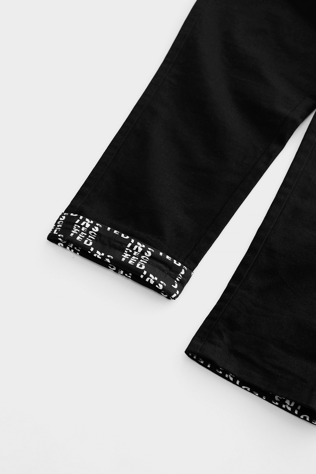 Degraded Pant — Black