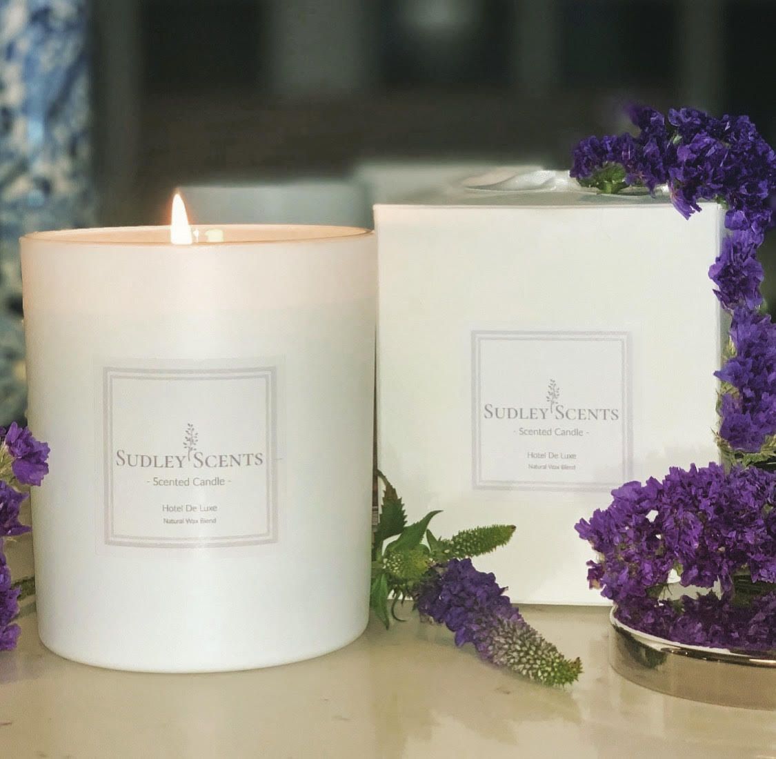 Hotel De Luxe Candle