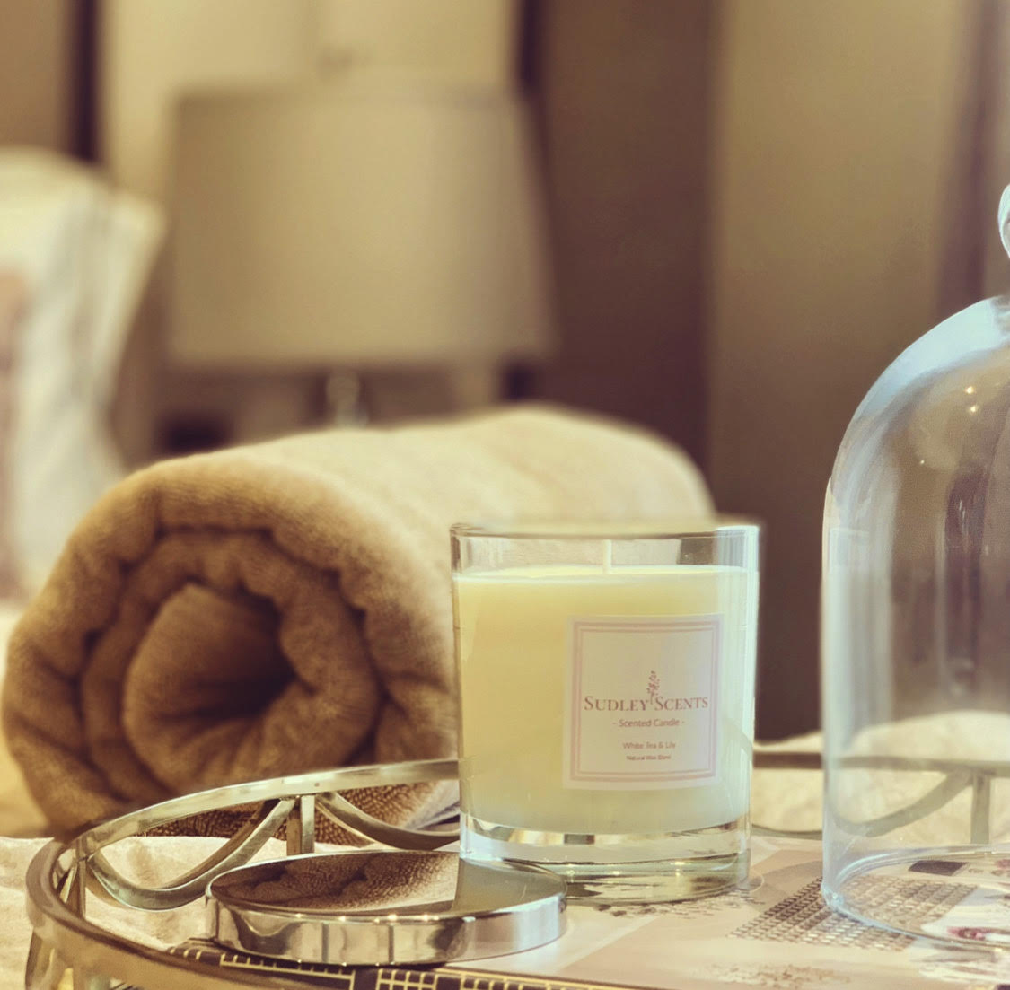 White Tea & Lily Candle