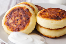 Load image into Gallery viewer, Syrniki (Ukrainian pancakes with cottage cheese)