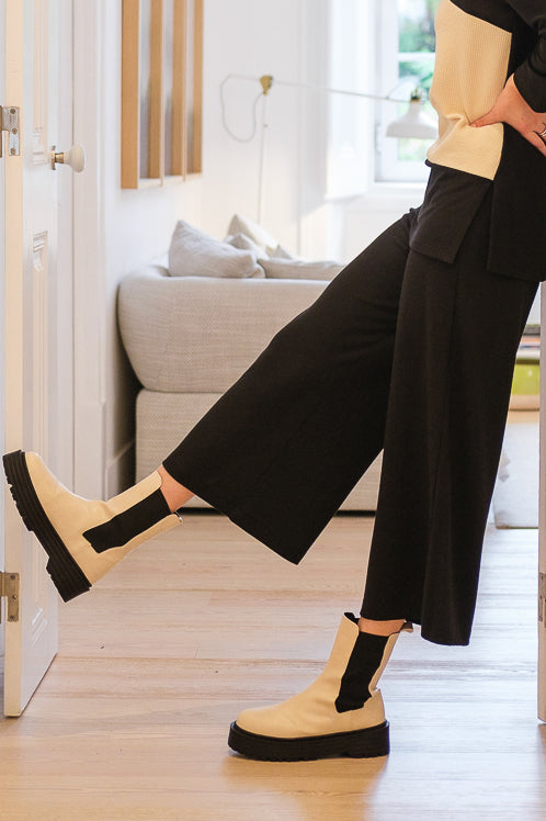 Knit trousers Black
