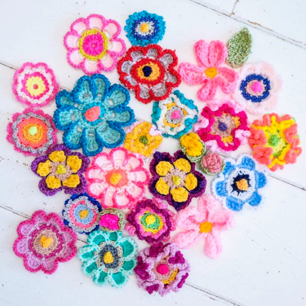 Crochet Pattern 6 Flowers by Pollevie #2