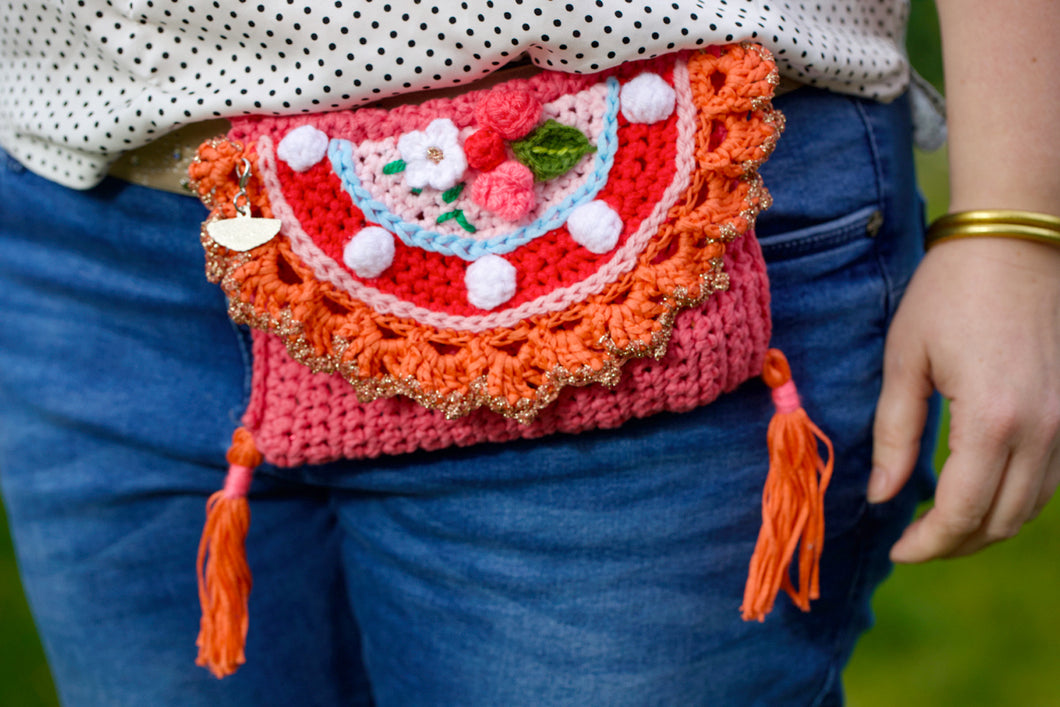 Crochet pattern clutch by pollevie nr01
