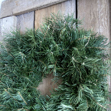 Load image into Gallery viewer, 24 Inch Concolor Fir Fresh Christmas Wreath