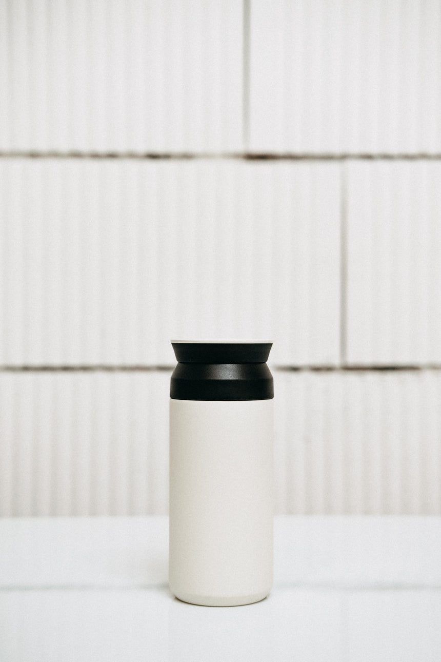 Kinto Travel Tumbler — white 350 ml