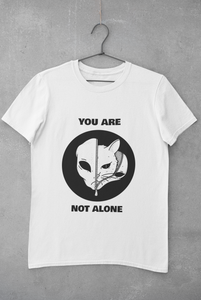 Camiseta You are not alone
