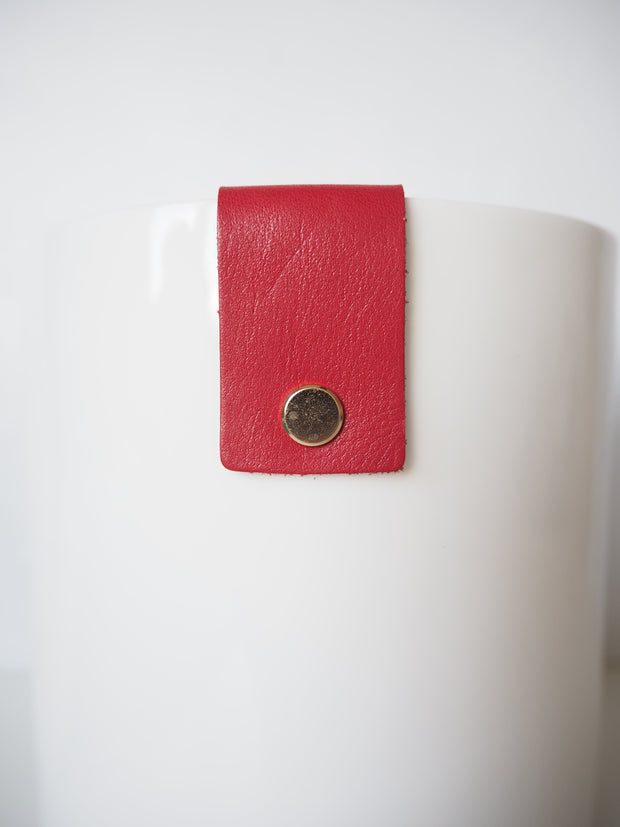 Martin & Cox Pot with Red Strap