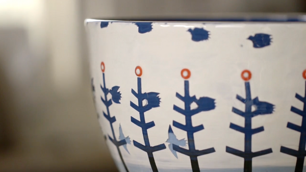 Experimental animation meets pottery