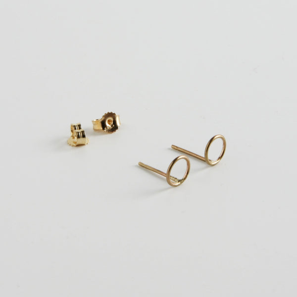 minrl shapes circles earrings yellow gold