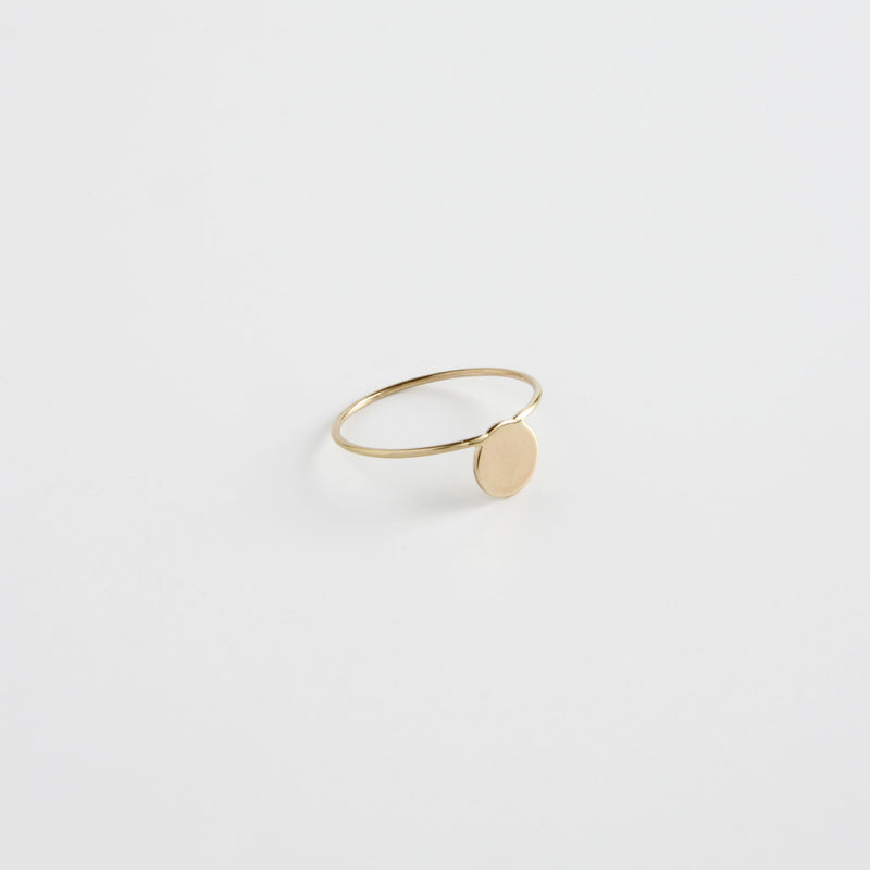 minrl shapes rings yellow gold fullmoon
