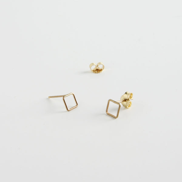 minrl shapes squares earrings yellow gold