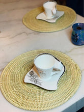 Load image into Gallery viewer, Cream Sweet Grass Placemat - Débo