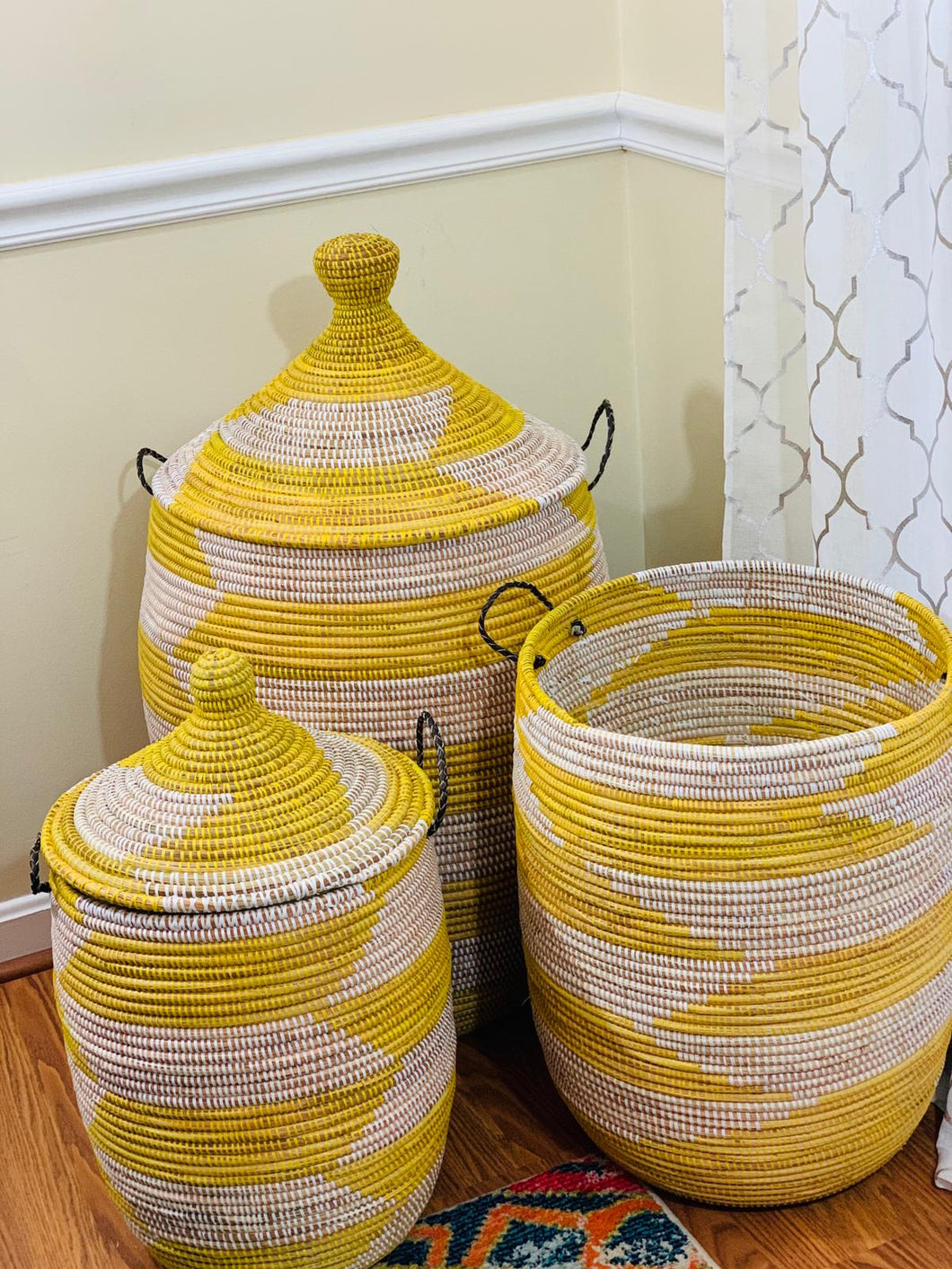 Yellow & White Lidded Hamper - Neta